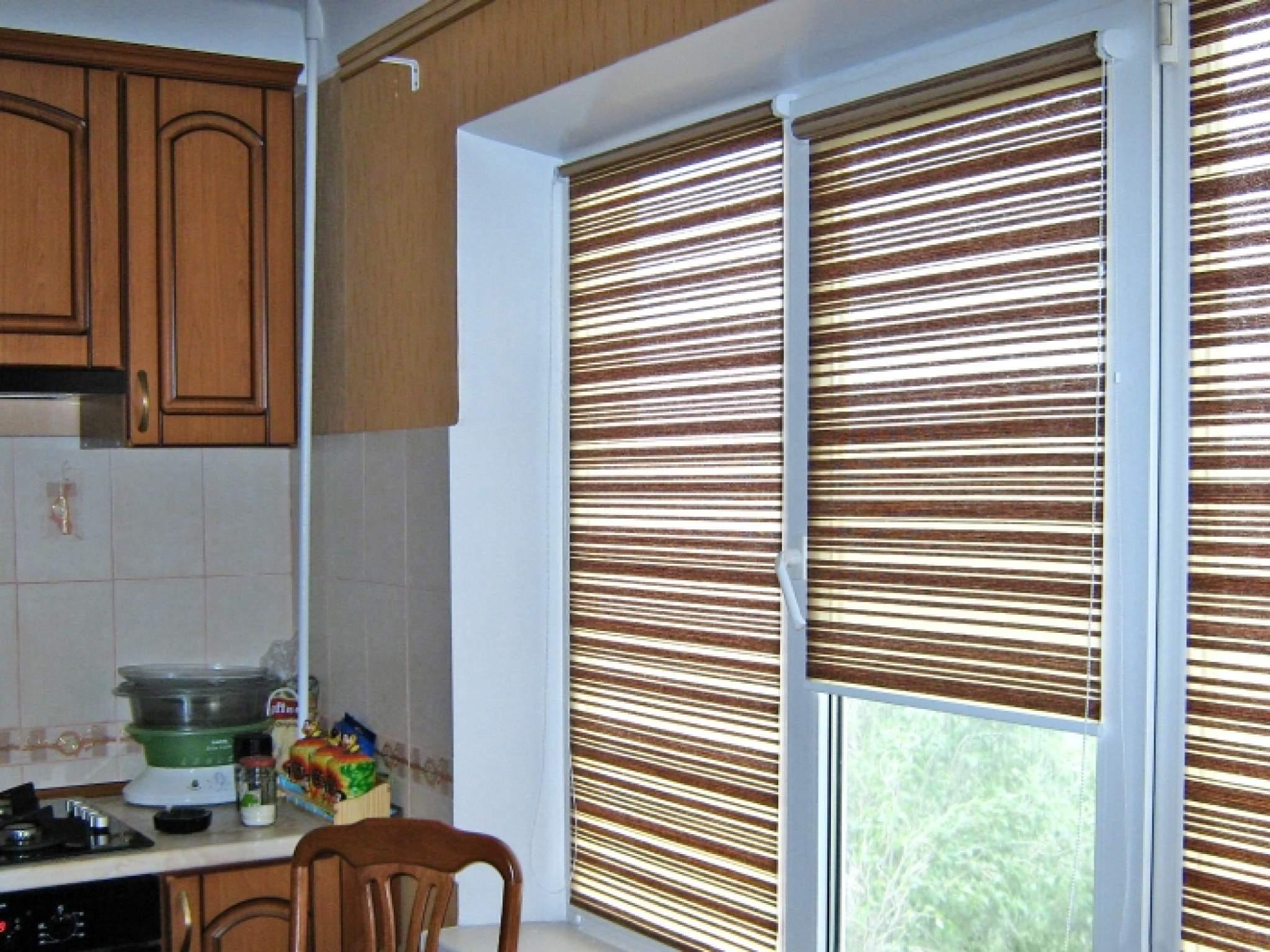 Рулонные шторы для кухни.